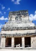 Chichen Itza Jaguar-Tempel mit Thron